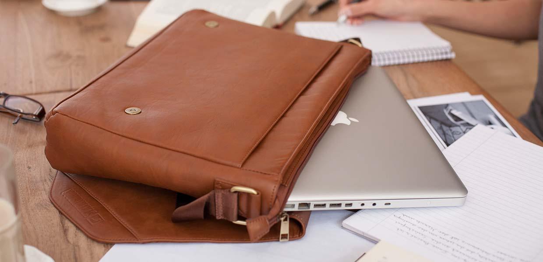 MacBook Taschen von Cool Bananas